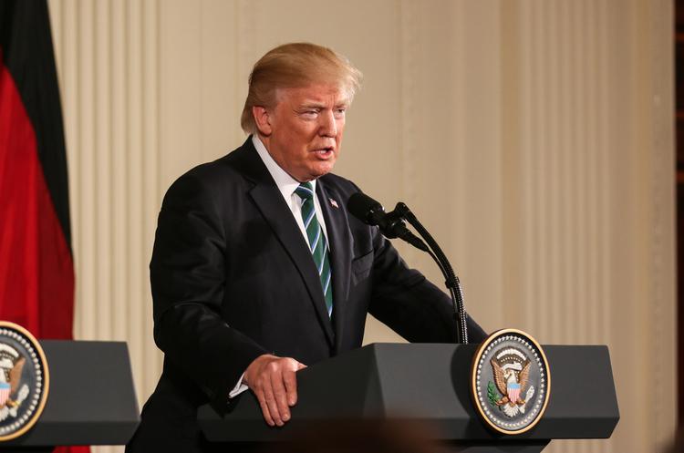 Трамп заявив, що на посту президента втратив $5 млрд