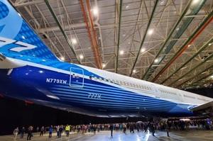 Boeing відклала введення в експлуатацію далекобійної версії 777X