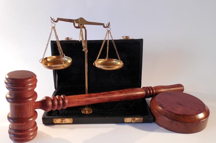 Мінрегіон: камери для підсудних в судах буде збільшено