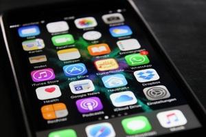 Apple буде судитися зі стартапом, який створює копії iOS