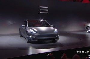 Німецька компанія відмовилась від купівлі 85 Tesla Model 3 через проблеми з якістю