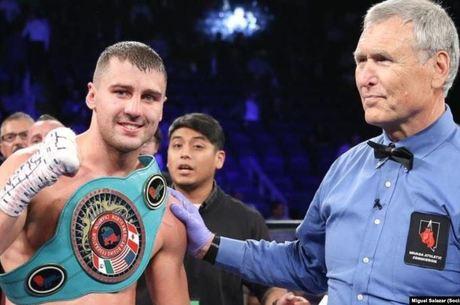 Промоутери офіційно підтвердили боксерський поєдинок Гвоздика з росіянином за два чемпіонські пояси