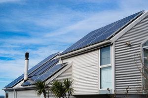 Tesla пропонує оренду сонячних панелей за $50 на місяць