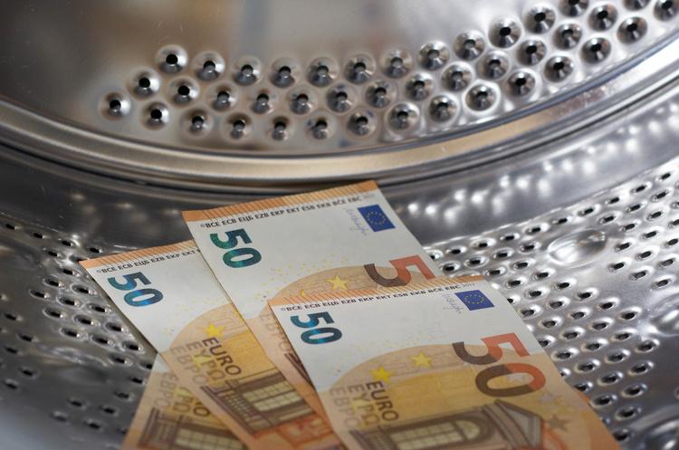 В Фінляндії розкрили наймасштабнішу схему з відмивання російських грошей