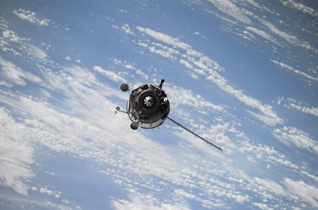 Космічні амбіції: що втрачає Україна через відсутність власного супутника на орбіті