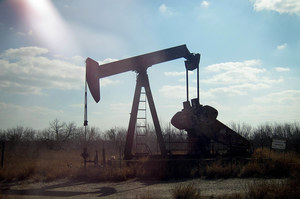 Ціни на нафту ростуть на тлі атаки на нафтове родовище в Саудівській Аравії