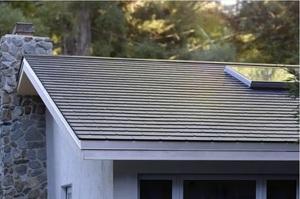 Walmart подав до суду на Tesla через загоряння її сонячних панелей