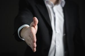Злиття та поглинання: що впливає на успішність угоди M&A