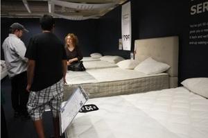 IKEA дозволить покупцям спати в магазині на ліжках компанії
