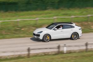 Porsche Cayenne Coupe: виправленому вірити