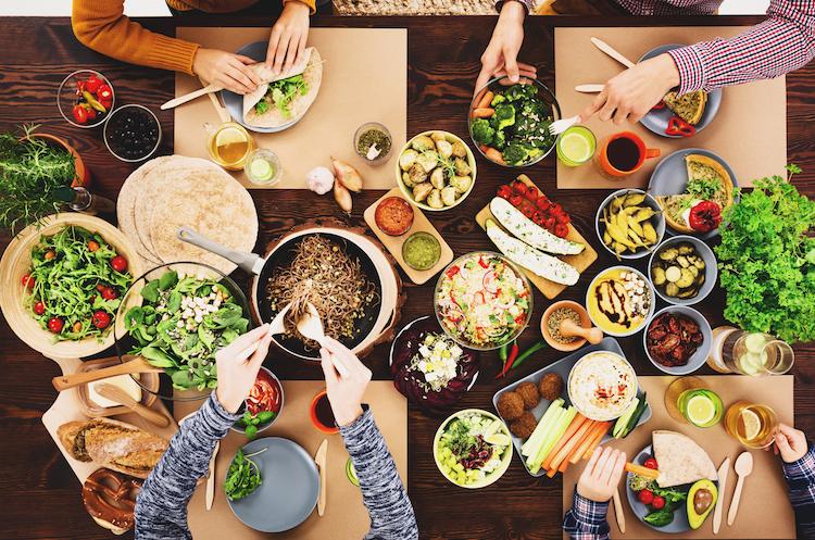 Вчені: вегетаріанцям загрожує інсульт, м'ясоїдам – інфаркт