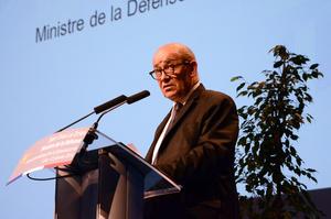 Про зняття санкцій з РФ говорити занадто рано – глава МЗС Франції