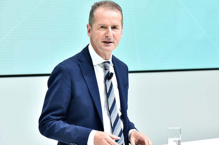 Глава VW спростував чутки про наміри купити Tesla