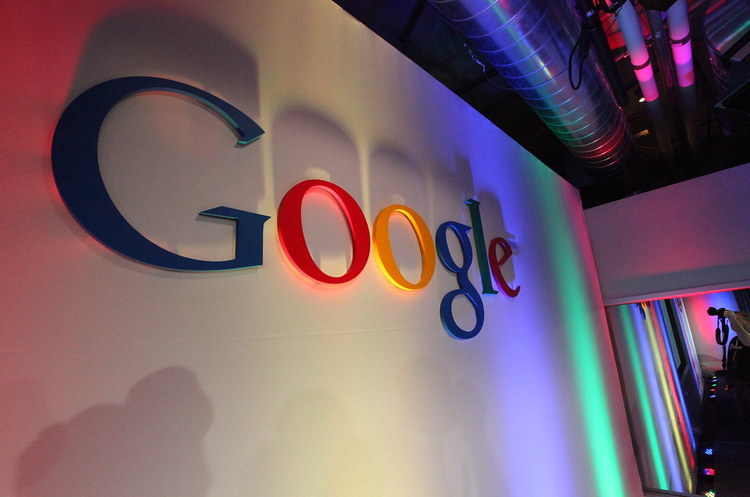 Google погодилась заплатити майже 1 млрд євро Франції, щоб припинити проти себе розслідування