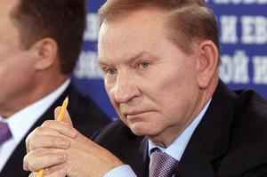Макрон та Меркель вмовлятимуть Зеленського поступитись РФ – Кучма