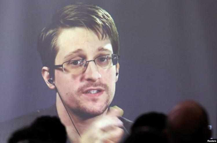 Сноуден хоче залишити Росію та переїхати у Францію