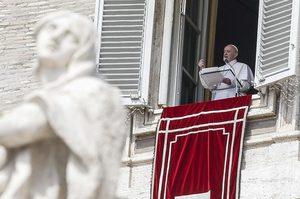 Папа Римський привітав нещодавній обмін між Україною та Росією: «Радію за звільнених»