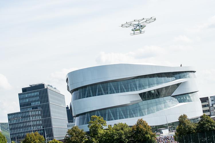 В Європі вперше випробували аеротаксі над містом (ВІДЕО)
