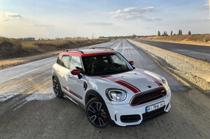 Тест-драйв Mini JCW Countryman: как британцам удалось «подковать блоху»