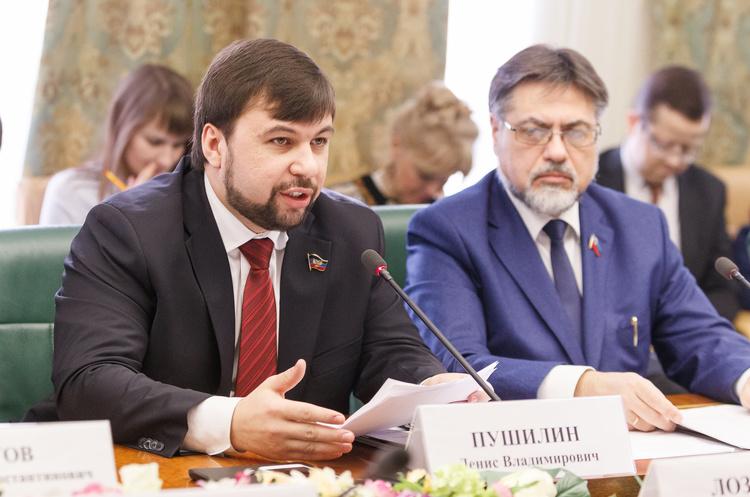 В ОРДЛО вимагають від Києва узгодити з ними закон про особливий статус Донбасу