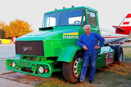 Два унікуми: чим здивували єдиний у своєму роді гоночний КрАЗ-5450 та його творець