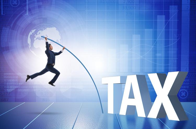 Євросоюз виключить із чорного списку «податкових гаваней» Швейцарію та ОАЕ