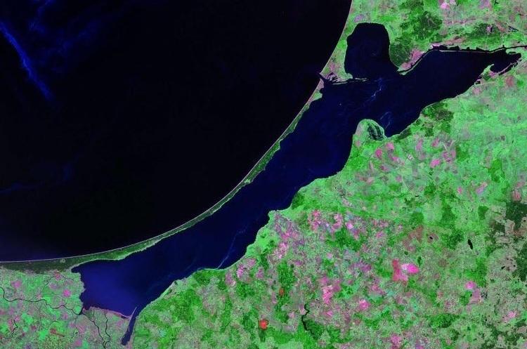 Польща починає будівництво судноплавного каналу в обхід Росії