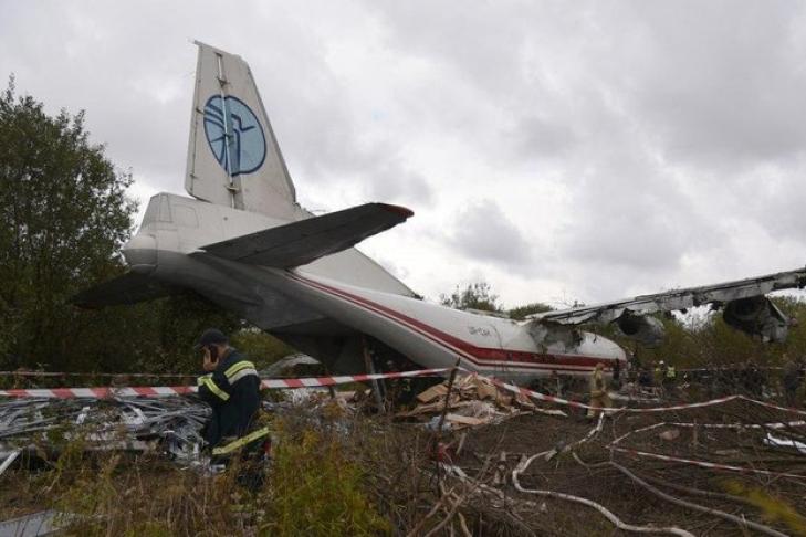 Авіакомпанію, якій належить літак, що розбився під Львовом, позбавили ліцензії