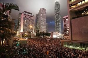 Трамп: «Якщо в Гонконгу трапиться щось погане – це вплине на переговори з Китаєм»