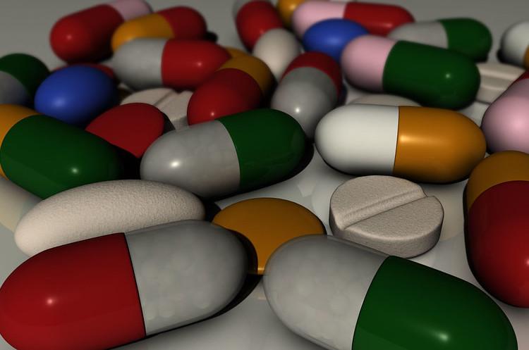 Суд зобов'язав J&J виплатити $8 млрд за побічний ефект препарату компанії