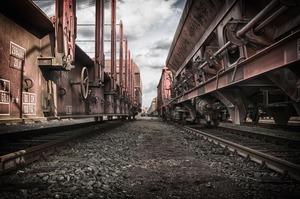 Збільшення швидкості руху пасажирських потягів призведе до зменшення руху вантажів – експерт