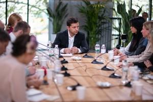 Зеленський: «Я переконаю олігархів не втручатися в редакційну політику телеканалів»