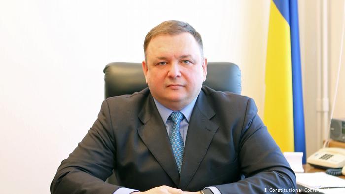 Суд відновив Шевчука на посаді голови Конституційного суду України