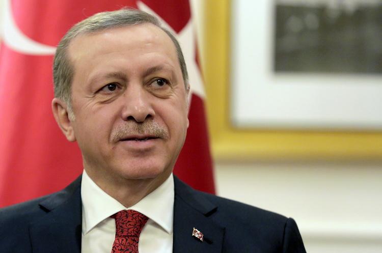 Ердоган відмовився припинити наступ в Сирії на вимогу США