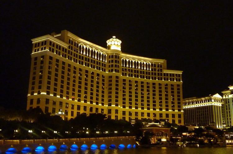 MGM продає готель-казино «Белладжио», де знімали «11 друзів Оушена», за $4,25 млрд