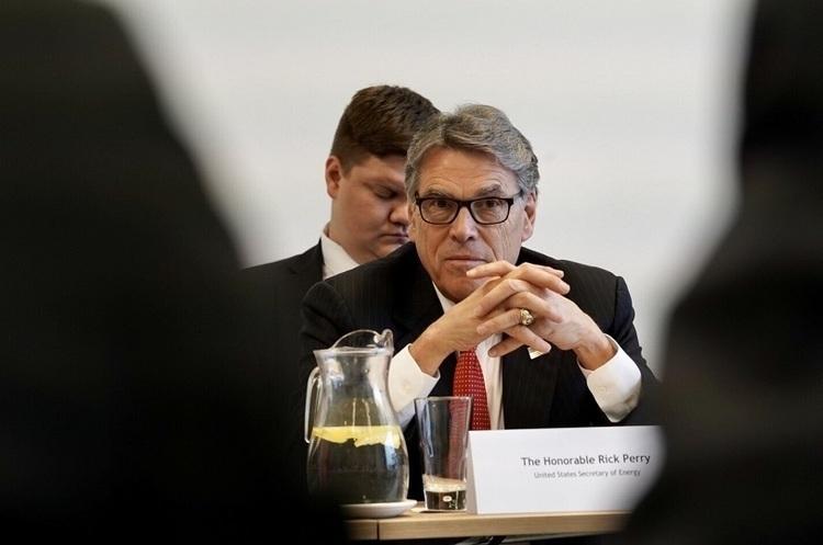 Рік Перрі відмовився співпрацювати з Конгресом щодо скандалу навколо України