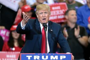 Трамп вимагає, щоб Шифф пояснив, чому він спотворив зміст стенограми розмови з Зеленським
