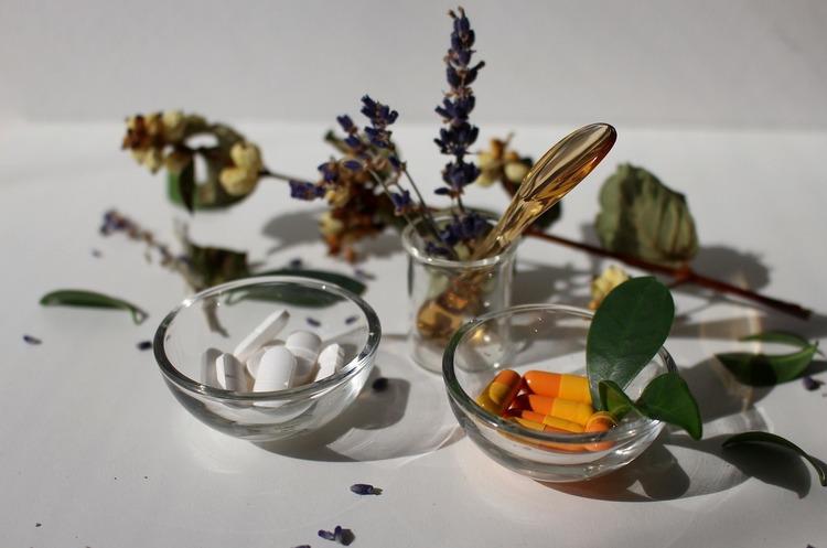 Будем здоровы: какие лекарства предлагают украинцам