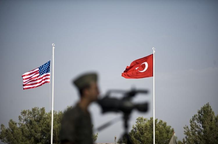 Турецьке «загартовування»: як США і ЄС вирішили провчити Ердогана