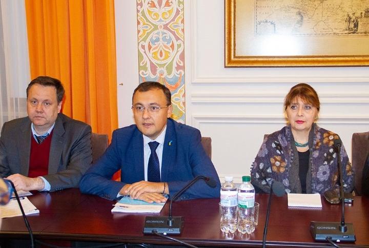В Україну прибула делегація Венеціанської комісії для вивчення «мовного закону»
