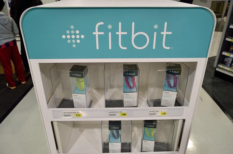 Google має намір купити виробника фітнес-браслетів Fitbit