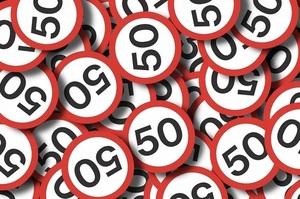 В Киеве снизили ограничения скорости до 50 км/ч