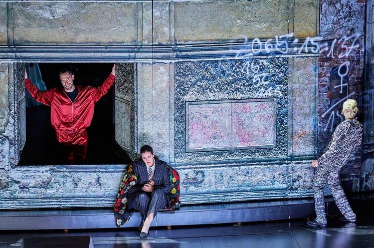 Опери Моцарта в Гамбурзі: як показати на сцені сплав класики і новаторства