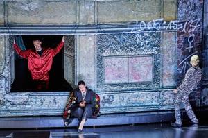 Оперы Моцарта в Гамбурге: как показать на сцене сплав классики и новаторства
