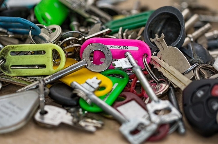 Оформляем без риска: как «антирейдерский» закон обезопасит сделки с недвижимостью