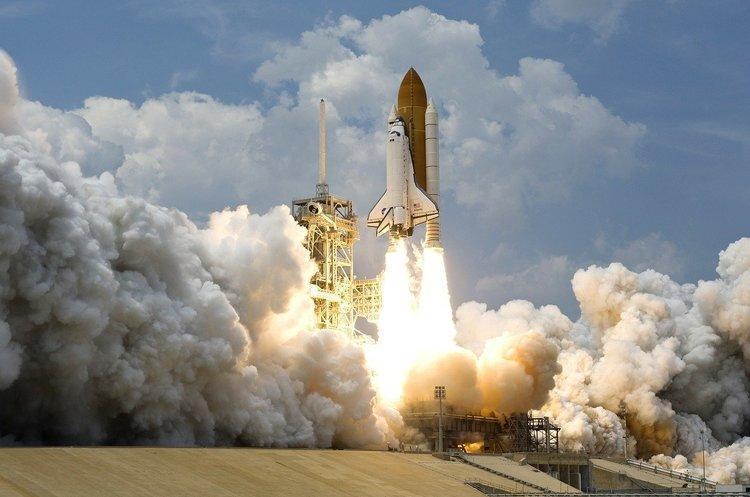 Міжнародне космічне право: хто несе відповідальність за роботу приватних компаній