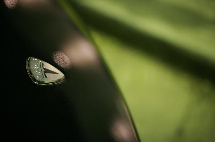 Tesla стала третьим крупнейшим автопроизводителем на мировом рынке, впереди только Toyota и VW
