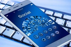 Facebook представив нову платіжну систему Facebook Pay