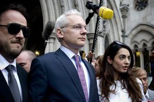 Прокуратура Швеції припинила справу щодо Ассанжа про зґвалтування