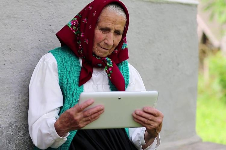 Хогвартс чи Coursera: чому Мінцифра вчитиме 6 млн українців